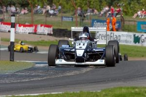 Craig at Knockhill in 2004 at the UK Formula Renault Championship