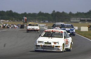Robb in the Ford Sierra RS500 at Snetterton, August 1989